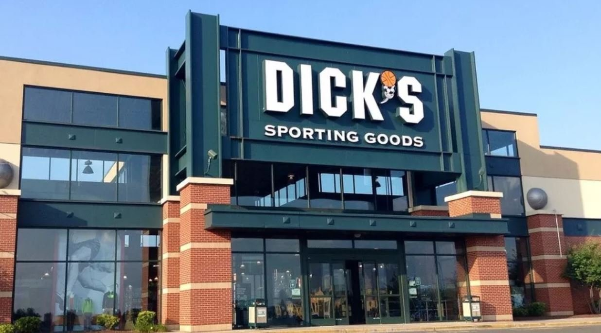 Dick's Sporting Goods to stop selling assault rifles