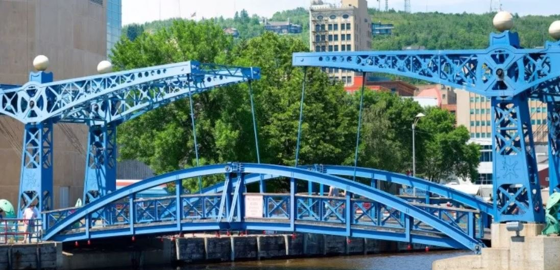 Canal Park's 'Blue Bridge' temporarily closes to public