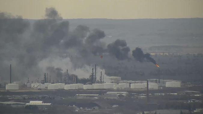 Smoky fire at Wisconsin refinery out
