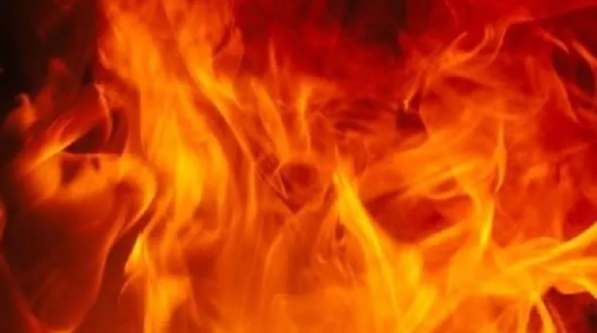 1 injured in Chisholm house fire